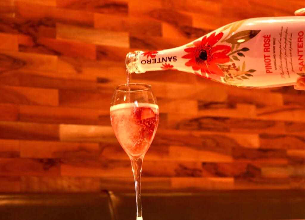 ピノ・ロゼ スパークリングワイン