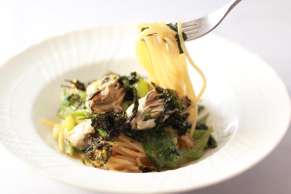 ランチ 広島県産カキと冬野菜のスパゲッティ
